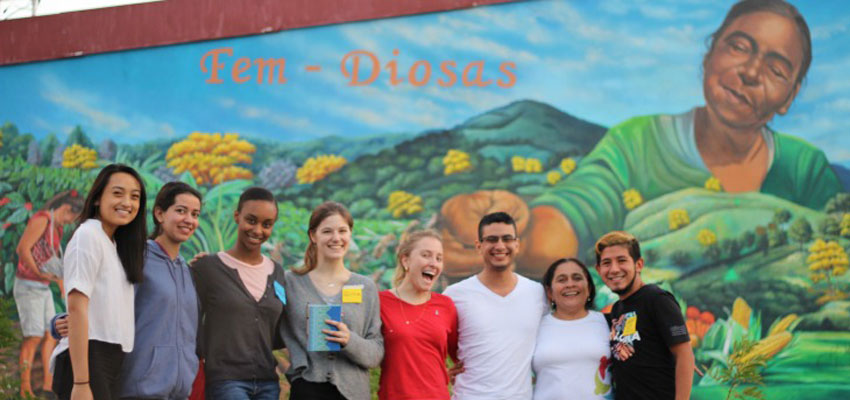 Left to right: Janel, Gabriela, Thea, Olivia, Juliana, Nelson, Migdália and Laureano