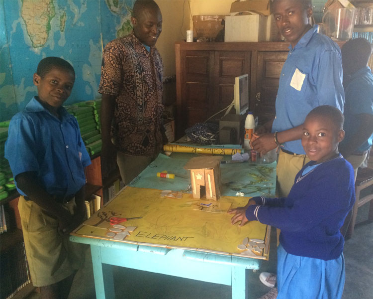 Kasiisi students in Uganda prototyping their social entrepreneurship ideas with Nai Kalema's guidance