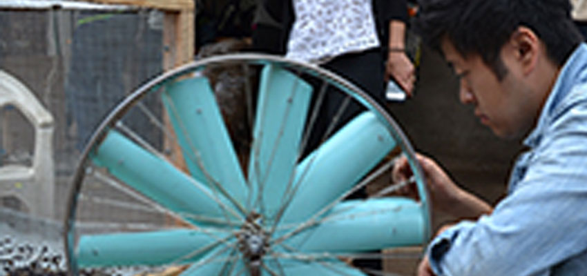 Winnowing sunflower thresher developed at the 2014 International Development Design Summit