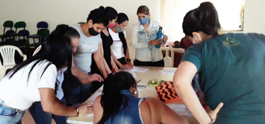 Focus groups in Bajo Cauca and Andes, Colombia. Photo: ARM
