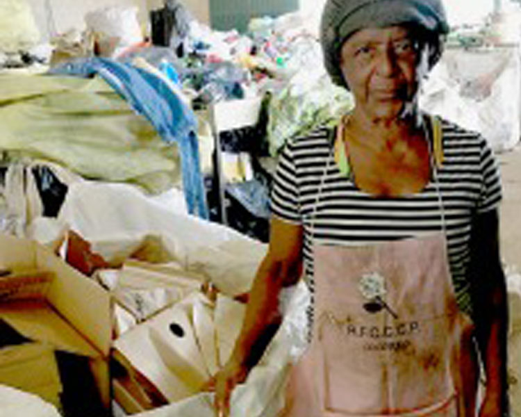 Dona Maria of the Açao Reciclar Cooperative in Poços de Caldas, Minas Gerais.